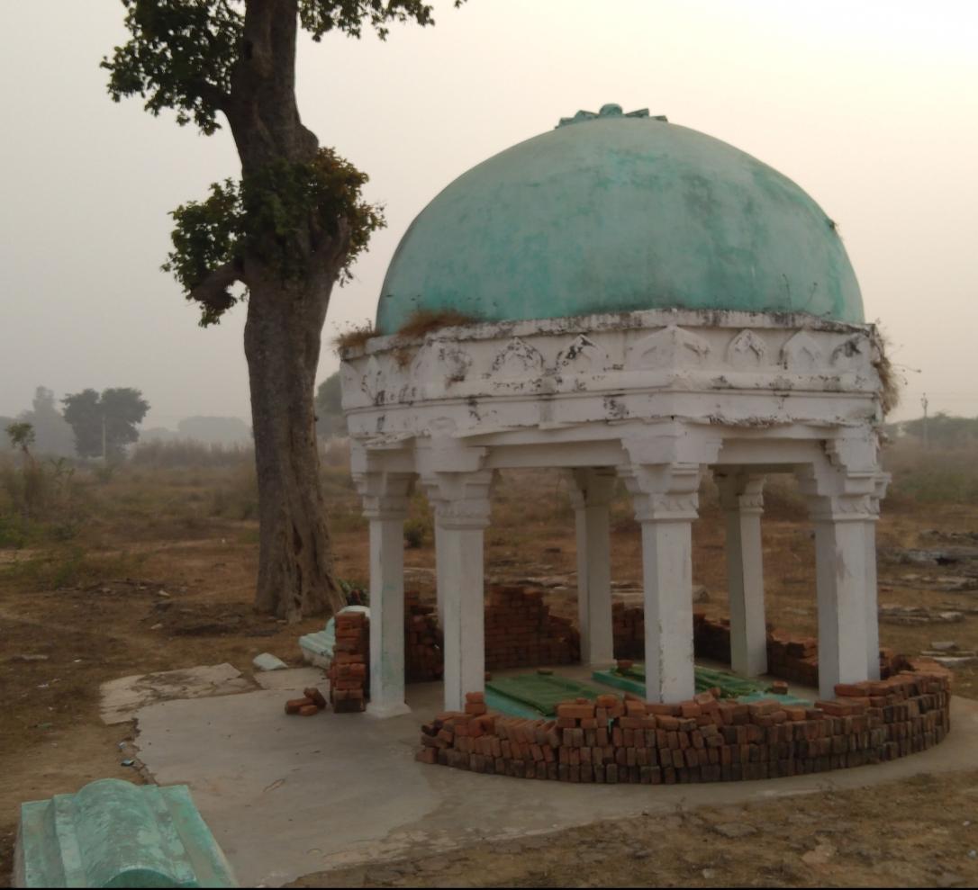 Mazar Shareef Hazrat Qazi Syed Ruknuddin Madni r.a