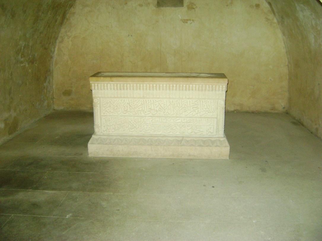 Tomb_of_seyid_yahya_bakuvi