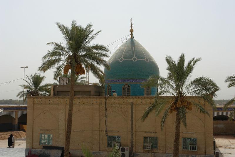 Tomb_of_Maytham_al-tammar_in_kufi