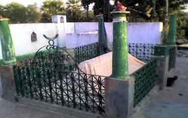 Mazar-e-Mubark-Hazrat-Allau
