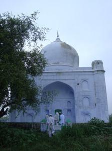 Shrine-of-Khwaja-Hujjatullah-Sirhindi