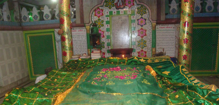Hazrat-Khwaja-Hisaam