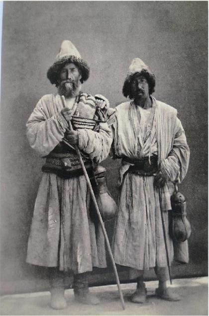 two-qalandar-with-stones