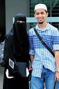muslim-husband-wife-198x300